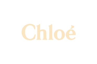 Chloé présente le nouveau modele « rosie » en forme de nuage