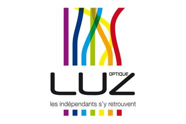 LUZ optique met en avant la thématique « VŒUX 2021 » pour son service « Vitrines by LUZ »